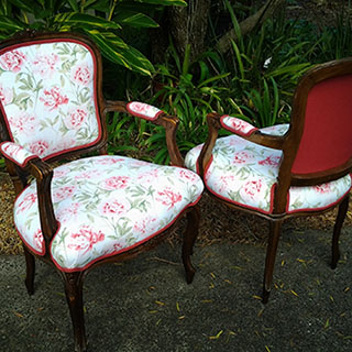 re upholstery of dining chairs